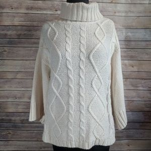 Zara thick cable knit bat wing sweater creme color